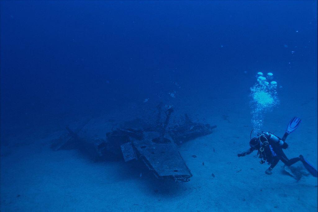 Calanques - Scuba Diving - Messerschmitt Bf 109 wreck