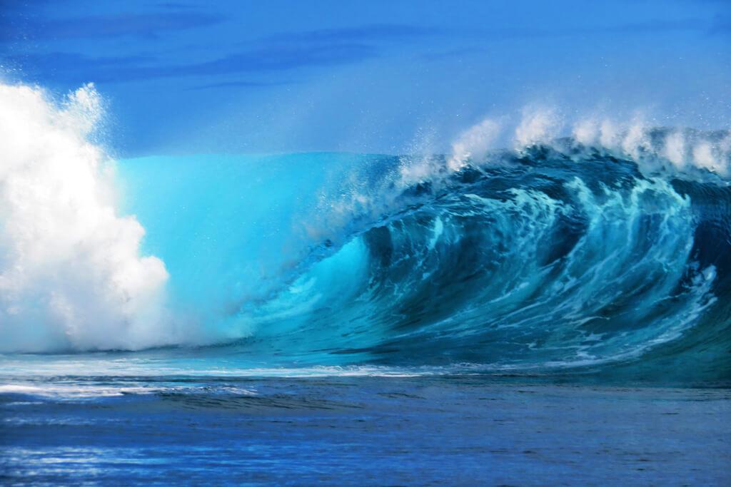Teahupoo Wave - Tahiti